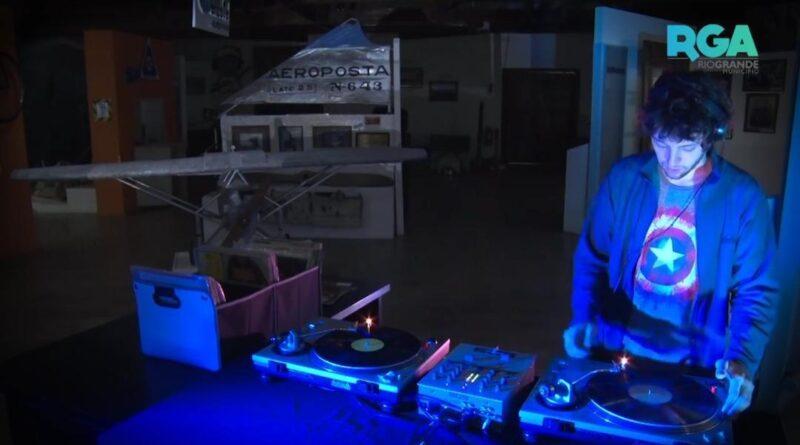 DJ en el 99 aniversario de Río Grande