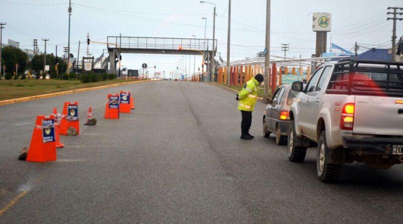 Control policial en Avenida Islas Malvinas
