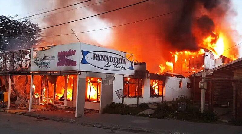 Incendio de la panadería La Unión de Tolhuin