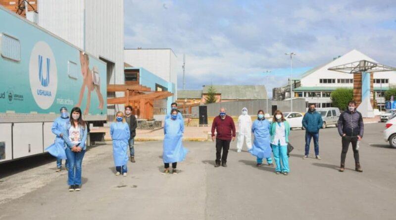 Equipo de hisopadores del personal de salud de Ushuaia