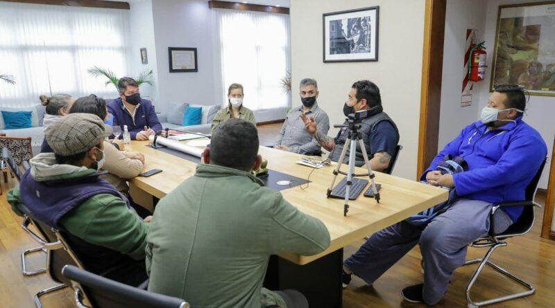 Perez en reunión con vecinos de Arraigo Sur