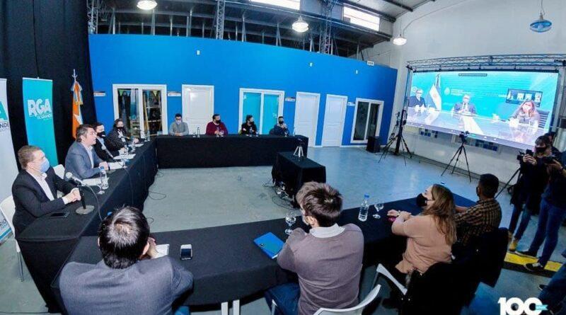 Perez, funcionarios y concejales en videoconferencia con Kulfas y equipo