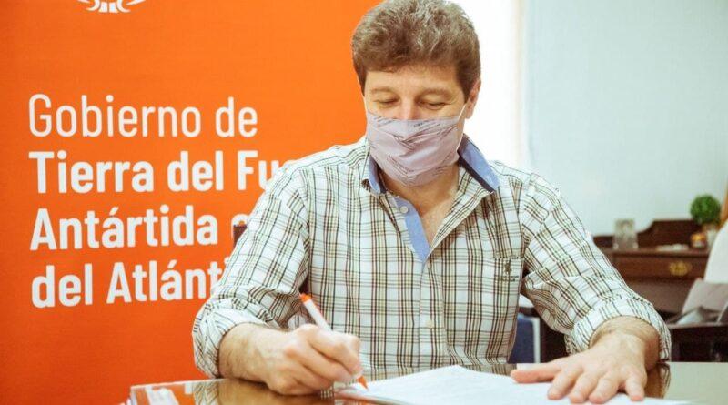 Melella firma acta acuerdo con Nación para la construcción de 4 centros de desarrollo infantil