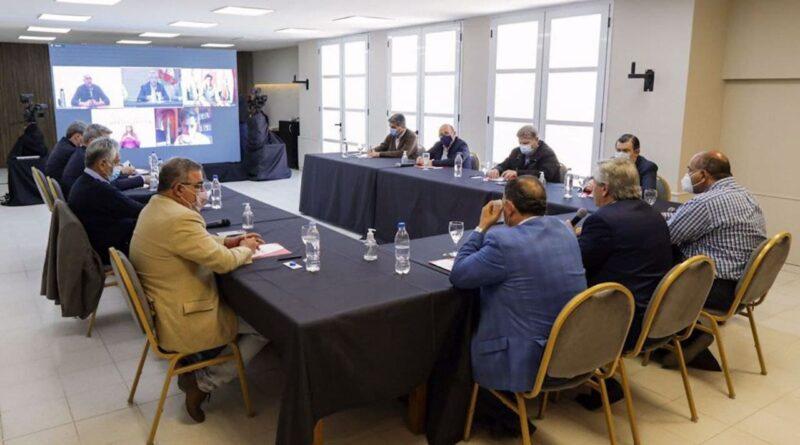 Melella participa por videoconferencia del encuentro de gobernadores del FdT con Alberto Fernández